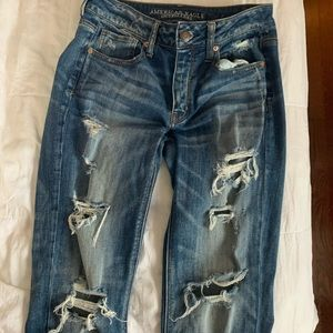 American eagle jeans- size 2 tom girl